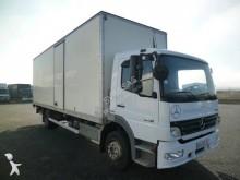 camião furgão polifundo Mercedes