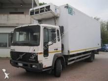 camion Volvo FL6 210