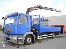 vrachtwagen platte bak standaard MAN