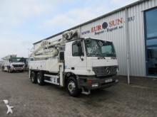 vrachtwagen Mercedes SCHWING S 31 HT ( telescopic)