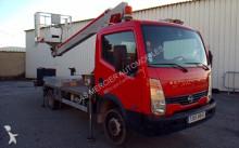 грузовик Nissan