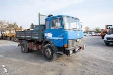 camión volquete trilateral Fiat