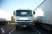 Renault Kerax 320.26 6x4 truck