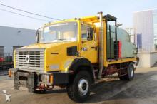 camião cisterna productos químicos Renault
