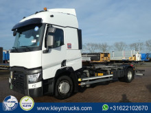 Renault Gamme T 430 wb: 560 cm truck