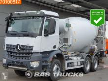 camião Mercedes Arocs