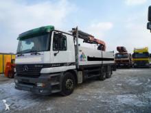 camión nc MERCEDES-BENZ - 2643 Autokran