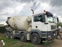 camión MAN TGA 35.400