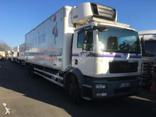 MAN mono temperature refrigerated truck