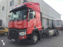 11 Camión chasis Renault Gamme T 460 50.000 2015 478 000 km26t - 4x2 - Euro 6 -