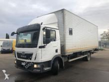 MAN TGL 12.220 4X2 BL truck