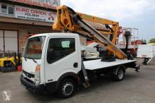 camião plataforma Nissan