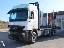 camion transport buşteni Mercedes