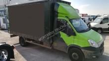 2 Camión lona corredera (tautliner) Iveco Daily 70C17 11.500 2013 374 000 km7t -