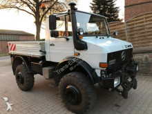 Unimog three-way side tipper truck