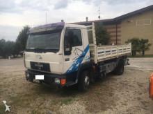 camion MAN 11.224