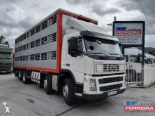Volvo hog truck