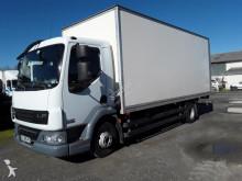 camión furgón DAF