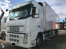 Volvo FH400 truck