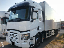 Renault refrigerated truck