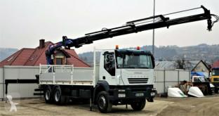 ciężarówka platforma Iveco