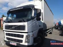 vrachtwagen Volvo FM9 300