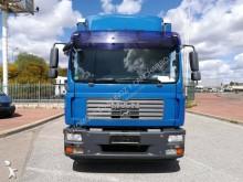 7 Camión lona corredera (tautliner) MAN 26.500 2008 550 000 km12t - Euro 4 - 220