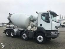 camion béton toupie / Malaxeur Renault