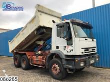 vrachtwagen Iveco Trakker 350