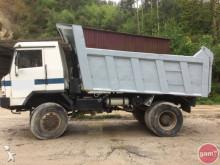 camión URO F3-21