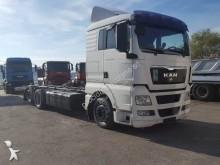 camião MAN TGX 26.440
