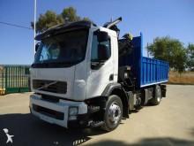 -24h 16 Camión caja abierta Volvo FE 280 2010 293 000 km4x2 - Euro 4 - Grúa - 28