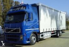 -24h 12 Camión lona corredera (tautliner) Volvo FH13 480 2008 518 000 km4x2 - Eu