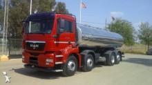 -24h 7 Camión cisterna MAN TGA 35.400 2010 443 000 km6x2 - Euro 4 - 400 CV hace