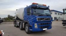 camião betão betoneira / Misturador usado