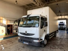 Renault insulated truck