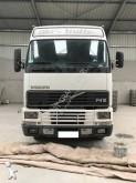 camião gado /aves de capoeira Volvo