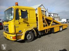 camião MAN 12-232 6 CIL 2 LADER MET LIER