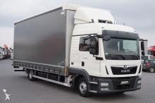 MAN tautliner truck
