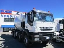 camion Iveco Trakker 450