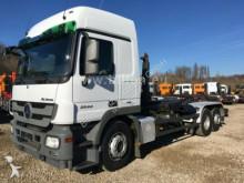 camion Mercedes Actros 2544 6x2 MP3 Meiler RK 20.70, Kupplung