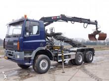 camión portacontenedores Ginaf