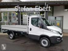 vrachtwagen driezijdige kipper Iveco