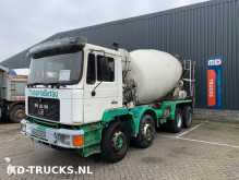 vrachtwagen MAN 32.322