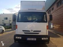 -24h 9 Camión furgón mudanza Nissan Atleon 165 9.000 2003 335 000 km4x2 - Euro 3