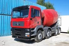 camión hormigón MAN