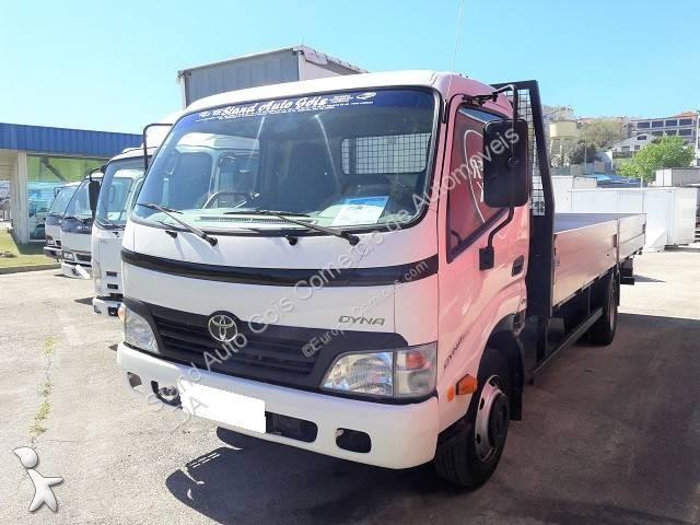 Voir les photos Camion Toyota