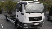 camião BDF MAN