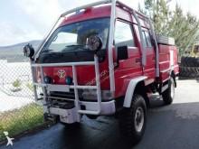 camión camión cisterna incendios forestales Toyota