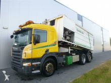 vrachtwagen Scania P420 6X2 MANUAL SIMON MOOS STEERING AXLE EURO 3